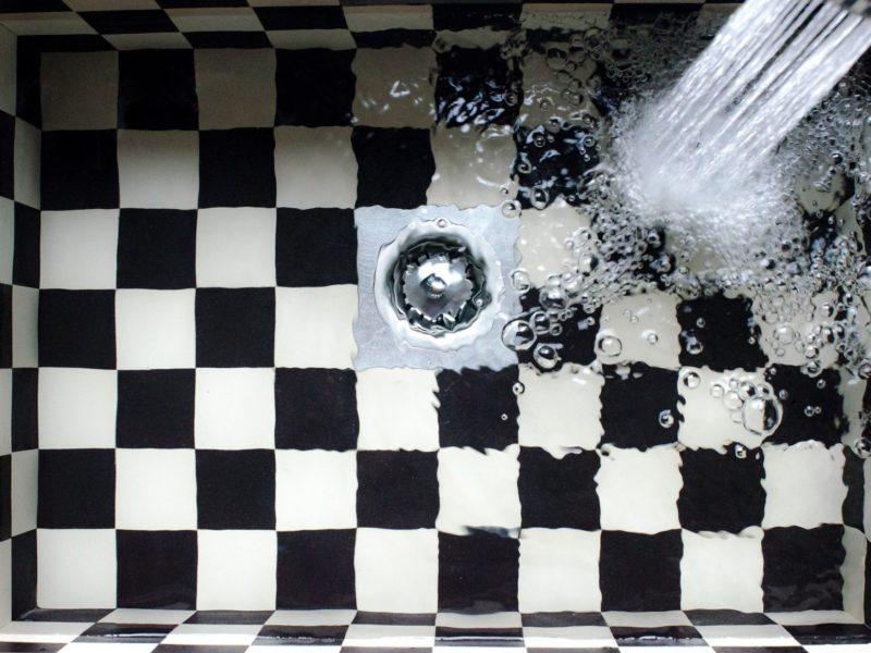 Comment déboucher vos canalisations naturellement